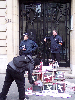 docs/photos/20030306-Manif_anti_LEN/20040306-Prefecture-flics-2.jpg